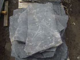 Thunderstone Quarries Black Rundle Oversize Flagstone